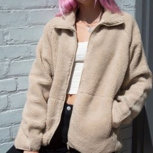 BRANDY MELVILLE fluffy jacket zip up